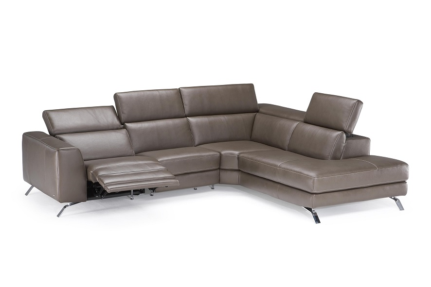 Natuzzi the harmony of forms materials and colors neo for Divano winchester