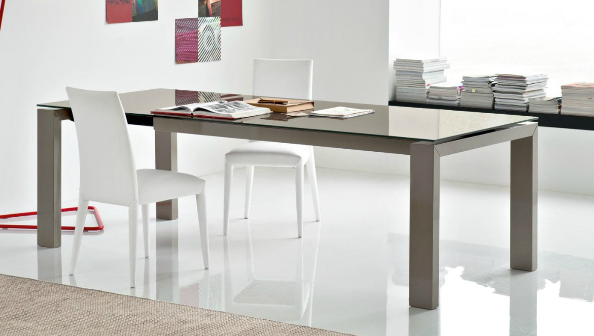 Calligaris Sigma dining table