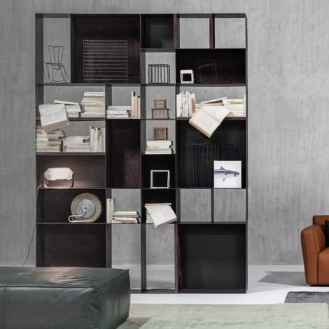 Key Bookcase, Cierre Italy