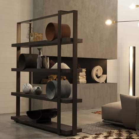 Bookcase O, Cierre Italy