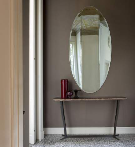 Joan Mirror, Alberta Italy