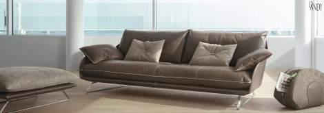 Cadillac Sofa, Gamma International Italy