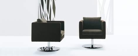 Ozzie Chair, Dellarobbia