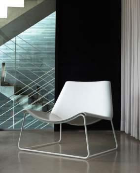 Earl Lounge Chair by Modloft