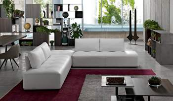 New York Sectional, Cierre Italy